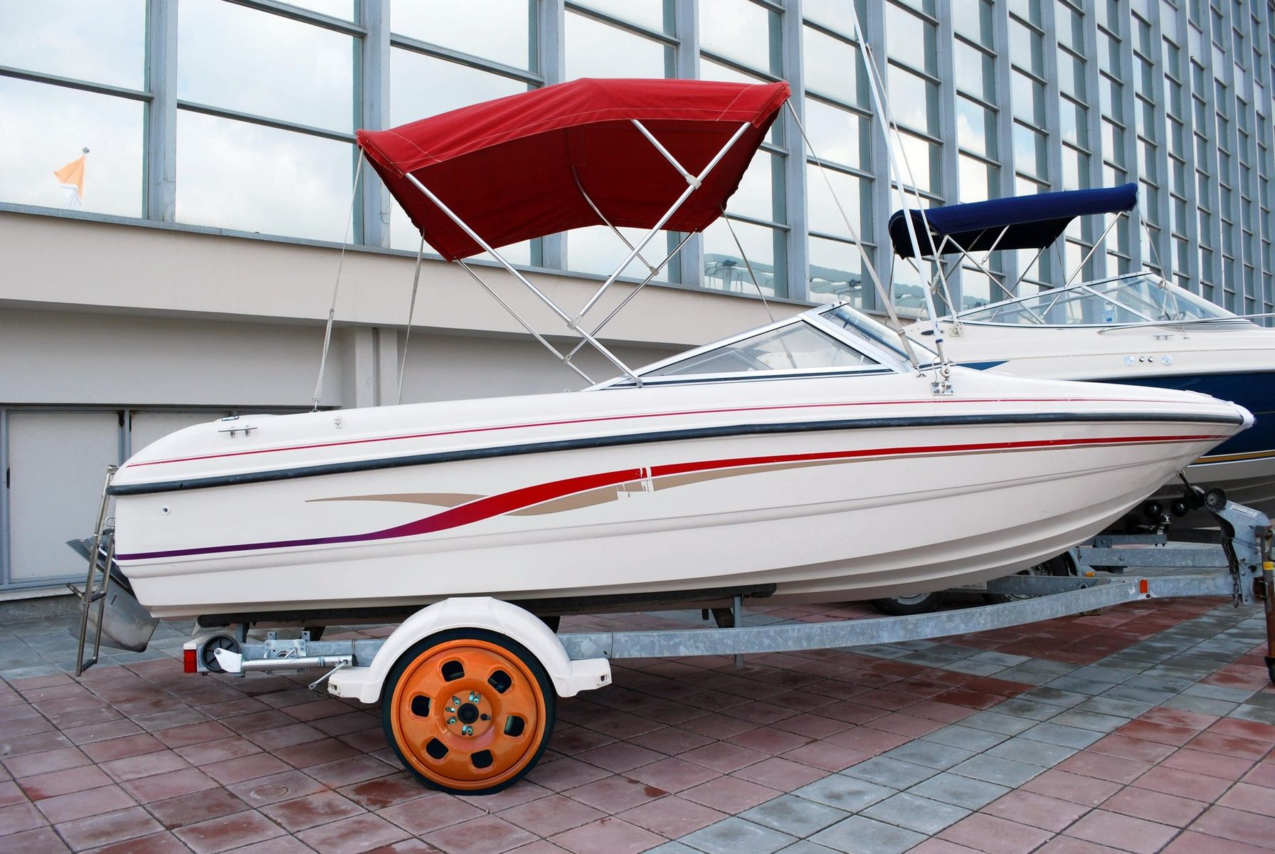 Boat wheel replaced by Guniwheel