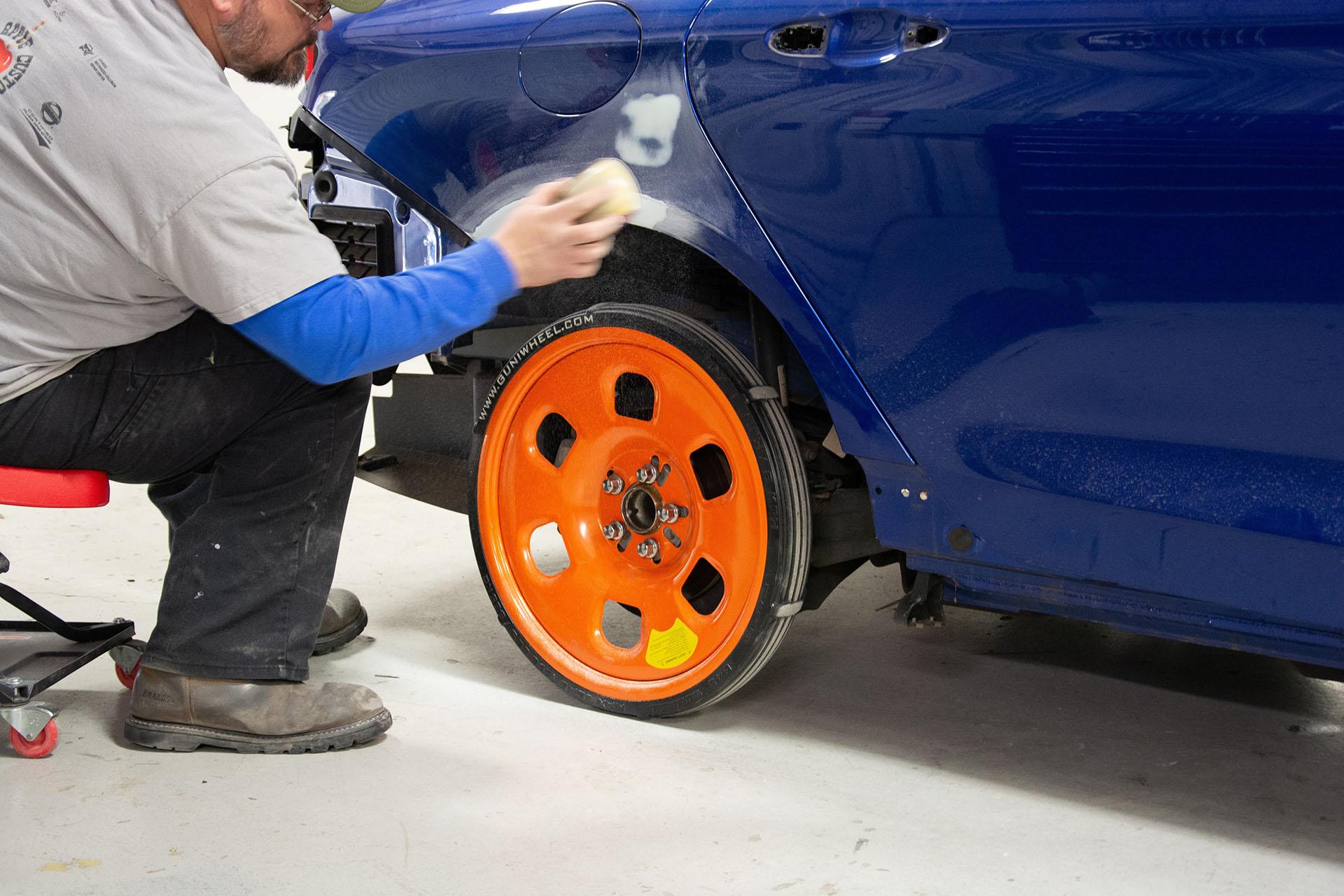 blue car replaced by Guniwheel
